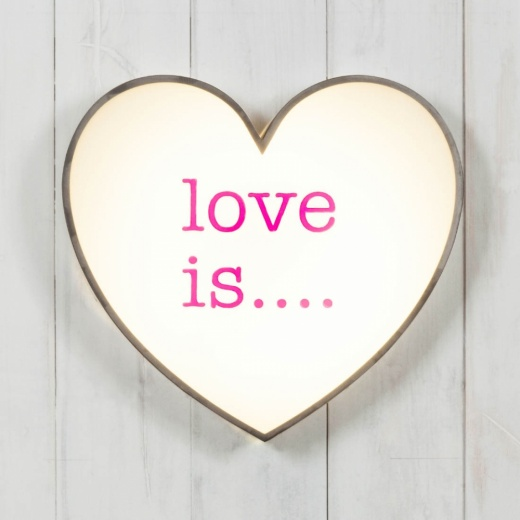Cult Living Classic Lightbox Herz - Love Is